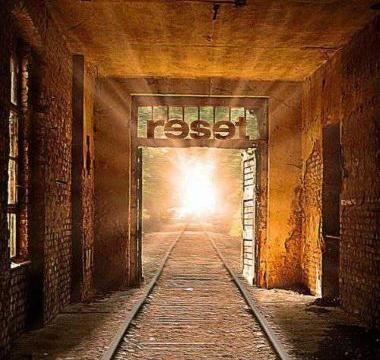 CRYSTAL PALACE - 2010 - Reset